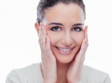 Joga twarzy, czyli naturalny sposób na odmłodzenie