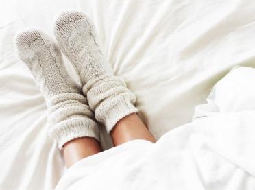 Zimą masz problemy ze stopami? Zobacz, co przyniesie im ulgę!