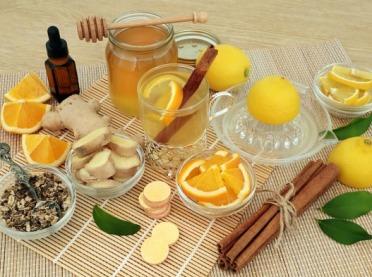 Szukasz naturalnego lekarstwa na przeziębienie? Zajrzyj do swojej kuchni!