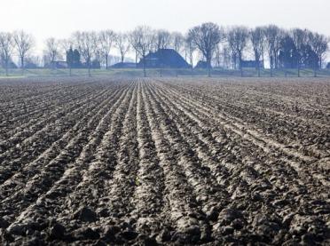 Uprawa gleb gliniastych – praktyczne porady
