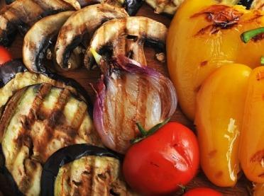 Jakie warzywa będą najlepsze na grilla i jak je smacznie przyrządzić?