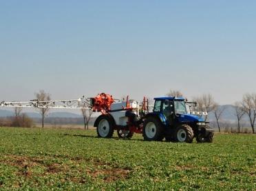 Pestycydy w ochronie roślin - czy są poważnym zagrożeniem?
