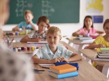 """Świadczenie """"Dobry start"""" dla 4,6 mln uczniów"""