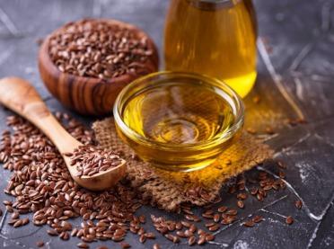Olej lniany - tłuszcz, który jest zdrowy