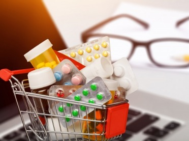 Czy korzystanie z aptek internetowych jest bezpieczne?