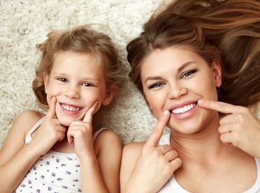 Dbamy o zdrowy uśmiech - zasady, o których musisz pamiętać!