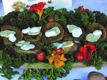 Kartoflane przysmaki prosto z kuchni łódzkiej - przepisy z ziemniakami