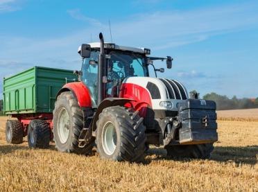 Grupowanie maszyn rolniczych w postępowaniu ofertowym
