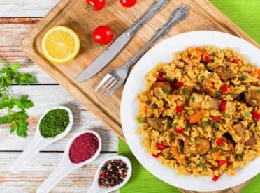 Pomysły na niebanalne dania z ryżem