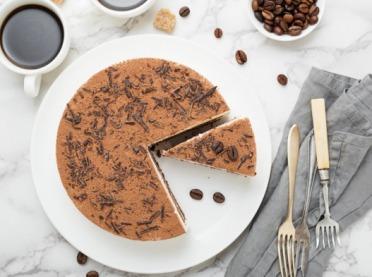 4 pomysły na zdrowe ciasta bez pieczenia