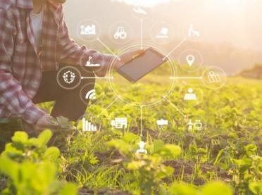 Minister Ardanowski podpisał deklarację o cyfryzacji w rolnictwie
