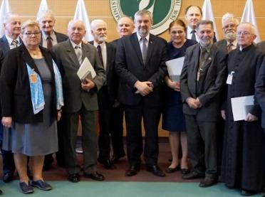 Minister Ardanowski wręczył medale 100-lecia Odzyskania Niepodległości