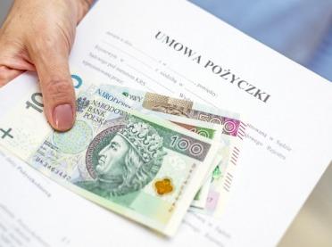 Czy warto pożyczać pieniądze od rodziny?
