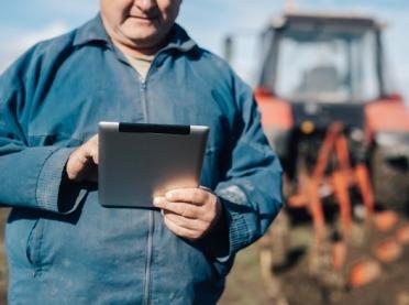 Czy warto kupować części rolnicze online? Sprawdź!