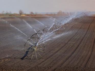 Woda na potrzeby rolnictwa - jak lepiej wykorzystać każdą kroplę wody?