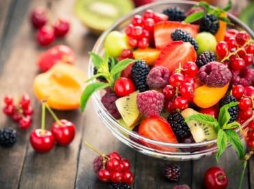 Sałatki owocowe - zdrowy zamiennik deseru