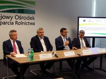 ORLEN podpisał umowę na dostawy paliwa do spółek KOWR