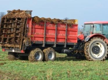 """Rolniku! Nie daj się """"wkręcić"""" maszynie! O zasadach bezpieczeństwa raz jeszcze"""