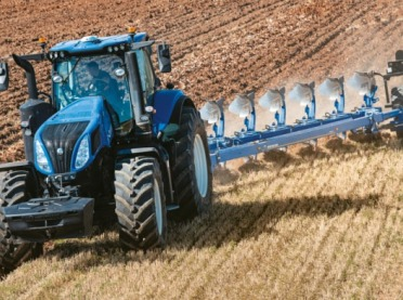 Poznaj ciągnik New Holland T8 GENESIS® z PLM Intelligence™