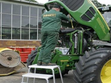 Koniec prac rolnych. Pamiętaj o przeglądzie maszyn po sezonie!
