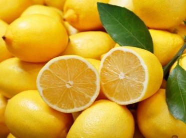 Cytrynowy powiew egzotyki - o cytrynie w kuchni i nie tylko