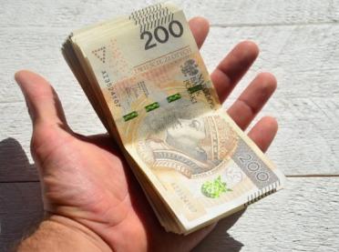 Trwają wypłaty zaliczek dopłat: 3,974 mln złotych na kontach rolników