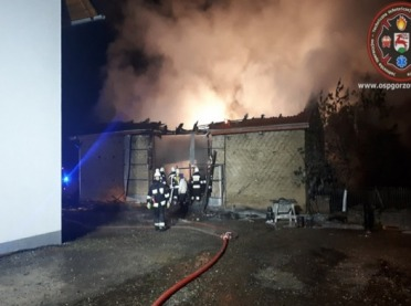 Opolskie: Magazyn w ogniu. Spłonęło wszystko