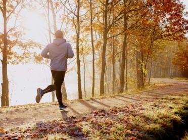 Jak zacząć biegać? Porady dla początkujących biegaczy