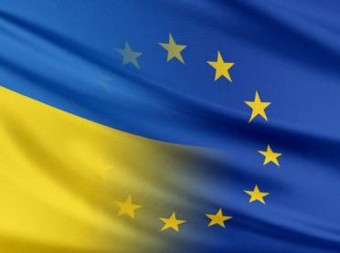 """PE przegłosował sprawę ukraińskiego """"fileta z kością"""""""