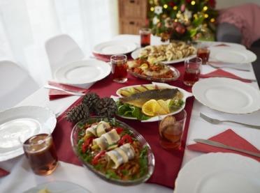 Nie wyrzucaj jedzenia po świętach! Podziel się Posiłkiem z Bezdomnymi