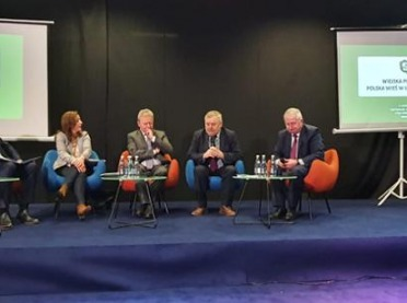 """""""Wiejska Polska"""" - o szansach rozwojowych obszarów wiejskich"""