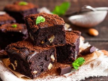 Polecamy przepis na bardzo czekoladowe brownie