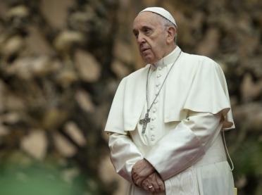 """""""Franciszek nieznany"""" Papież w czasie korona-zarazy"""