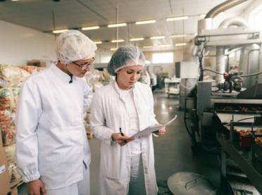 MRiRW: Mimo epidemii, żywność jest kontrolowana