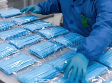 PKN ORLEN kupuje 7 mln masek ochronnych