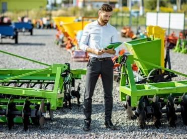 Jakie nastroje w branży maszyn i urządzeń rolniczych?