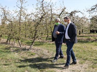Prezydent obiecuje pomoc dla gospodarstw