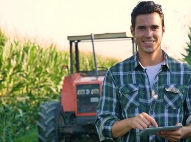 ARiMR: Młody rolnik 2020 – dla kogo 150 tys. zł wsparcia?