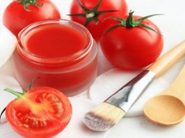 Pomidorowe kosmetyki na trądzik