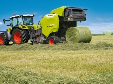Wydajny zbiór czystej paszy z pastwisk i łąk jest kluczowym etapem w procesie hodowli